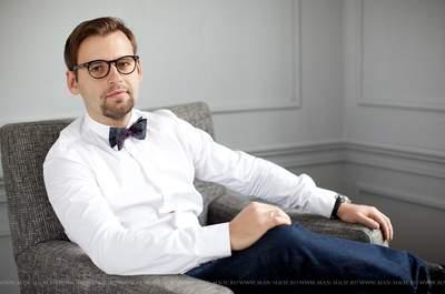 Ведущий Александр Маркелов